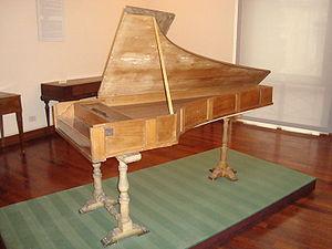 old tan piano