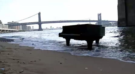 piano in water pic